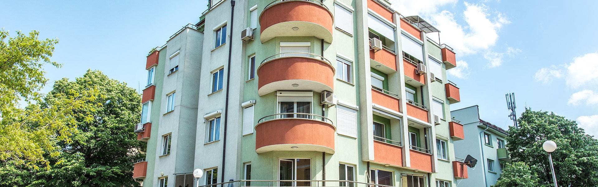 Жилищна сграда ул. Персенк 67, кв. Лозенец
